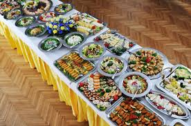 cuisine table int r gallery of wedding food table weddingfood weddingtips http deco