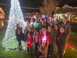 when does the great christmas light fight start gilbert neighborhood s light display wins abc s the great christmas