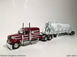 kenworth w900 model truck diecast replica of farmers oil kenworth w900 dcp 32641 flickr