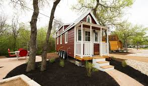 casa rosa e 18 u2013 austin u0027s original tiny homes hotel