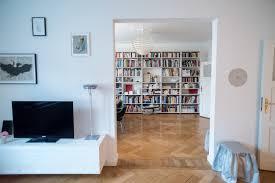 Wohnzimmer Cafe Home Stories Aus München 5 Besuch Beim Künstler Benjamin Bergmann