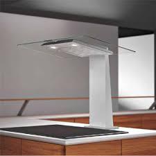 installer une hotte de cuisine airforce saturna inox et verre hotte plan de travail pour la cuisine