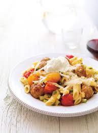 cuisiner tomates pennes aux tomates et à la saucisse italienne ricardo