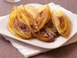cuisiner endives cuites recette de endives braisées aux oignons recettes diététiques