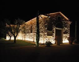 wall wash landscape lighting illuminazione stradale linealed wallwasher artemide outdoor