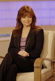 how to get valerie bertinelli current hairstyle valerie bertinelli hot in cleveland hot in cleveland the cast