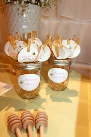 bee baby shower ideas best 25 to bee ideas on bee baby showers