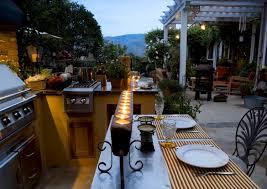 construire sa cuisine d été cuisine d été ouverte ou couverte 21 ères de l aménager