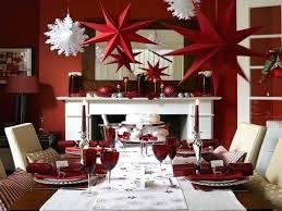 christmas decor for round tables christmas dining room table decorations christmas dining room table