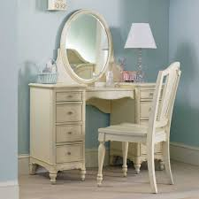 Retro Bedroom Furniture Bedroom Furniture Retro White Wooden Polished Vanity Mirrored