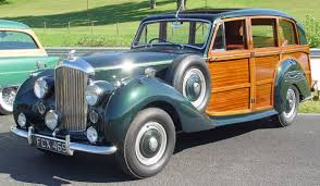 green bentley bentley r type woody green side angle