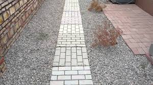 Lowes Concrete Walkway Molds by Quikrete Walkmaker Make Your Own Brickform Mold Concrete
