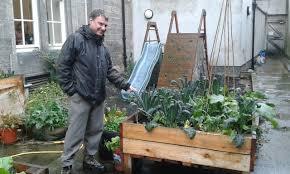 Backyard Shows No011 Peas Love And Bumblebees In The Secret Gardens Of Edinburgh