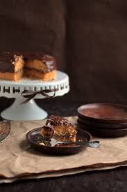 butterscotch cake with chocolate butterscotch ganache