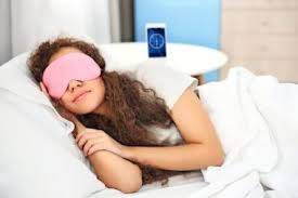 how long before bed should you take melatonin melatonin for sleep what you need to know first reader s digest