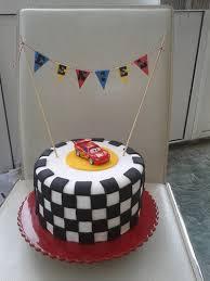 lightning mcqueen cake lightning mcqueen race o rama cake at number 29