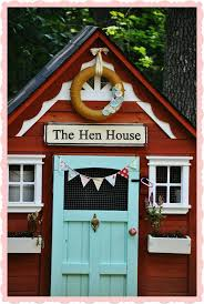 Chicken Home Decor by Best 20 Chicken Coop Decor Ideas On Pinterest Chicken Signs