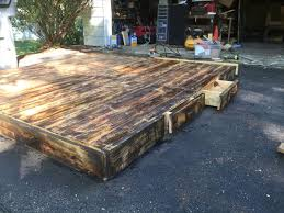 Platform Bed Plans Drawers by Diy Pallet Platform Bed Pallet Furniture Plans