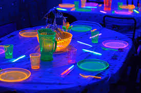 glow lights glowlights glow bracelets glow necklaces glow sticks glow
