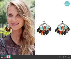 gas earrings phoebe s feather earrings on girlfriends guide to divorce