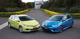 toyota corolla ascent sport price 2015 toyota corolla hatch pricing and specifications