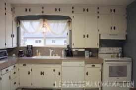 kitchen cabinet hardware ideas pulls or knobs kitchen cabinet hardware trends black hardware for kitchen