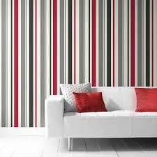 chambre gris et rouge chambre tapisserie rayure papier peint intisse rayure rouge