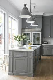 cuisine peinte peindre un meuble en noir une cuisine gris collection avec peinture
