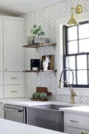 Kitchen Backsplash Alternatives by 7 Inexpensive Alternatives To Subway Tile For Your Kitchen