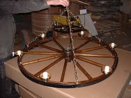 Diy Antler Chandelier Wagon Wheel Deer Antler Chandelier Diy Wagon Wheel Chandelier