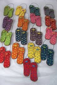 summer time flip flop ornaments by createdinthecountry on etsy