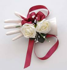 Red Rose Wrist Corsage Ivory Rose Wrist Corsage And White Heather And Beads Sarah U0027s Flowers