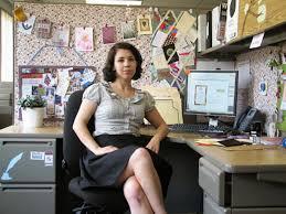 Decorate Office Desk Ideas Decorate Office Desk Ideas Dayri Me