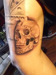 day of the dead skull bryangvargas