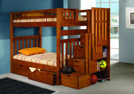 bedroom varnished birch wood bunk bed which equipped with triple