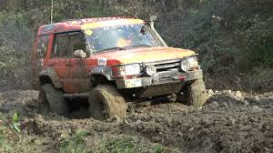 land rover off road wallpaper land rover discovery off road image 186
