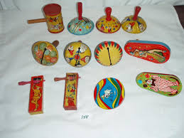 noise makers lot of 12 vintage tin noise makers