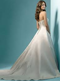 fairytale princess gown of corset and beadings nj 8502 572 50