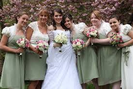wedding bouquets online getting cheap wedding flowers by purchase wholesale wedding