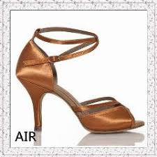 Comfortable Ballroom Dancing Shoes Soft Sole Leather Sequins Mid Heels Latin Modern Dance Shoes