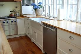 Brushed Nickel Kitchen Cabinet Knobs Ikea Wood Countertop L Shaped Country Kitchens With Dark Walnut