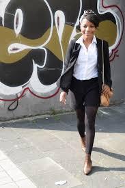tenue de bureau porter un foulard afro au bureau deadlines dresses