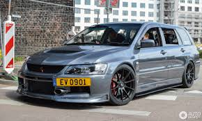 mitsubishi lancer wagon mitsubishi lancer evolution wagon mr 13 july 2017 autogespot