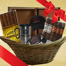 cigar gift basket basket cigar gift gifts sets and baskets smoke akomunn