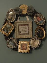 best 25 picture frame wreath ideas on pinterest picture frame