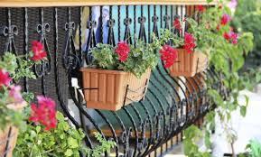 imagenes de jardines pequeños con flores 7 ideas encantadoras para decorar un patio pequeño vix