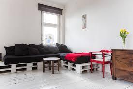 sofa paletten gemütliches diy paletten sofa www diy einrichten de