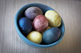 boiling eggs for easter dying easter eggs dye em naturally so you can eat em organic
