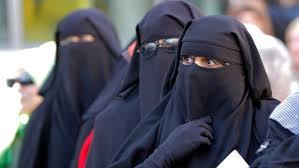 survey reveals how people in muslim nations believe women should