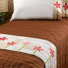 bed runner patterns to spruce up your decor for free accuquilt